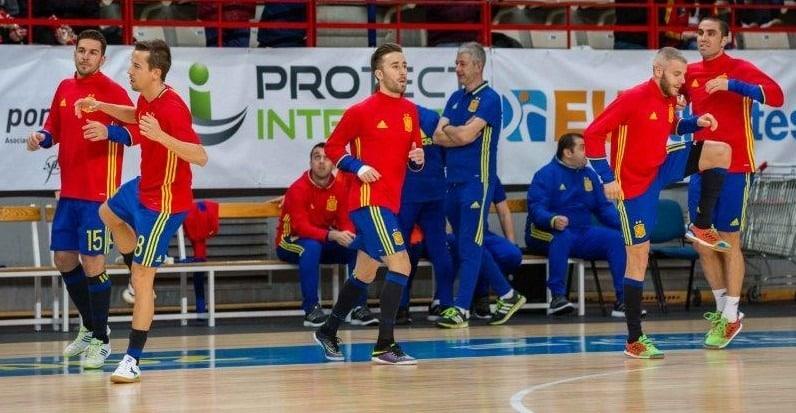 Futsal players support #PROtectIntegrity